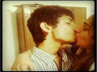 tamil actress andrea kisses anirudh ravichander gateway