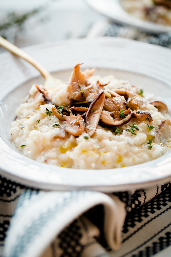 Easy No-Stir Mushroom Risotto recipe via Blogging Over Thyme