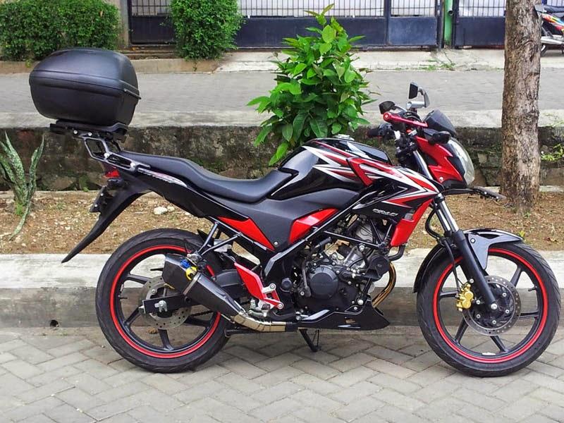 Kumpulan Modifikasi Motor Honda CB150R Keren Terbaru
