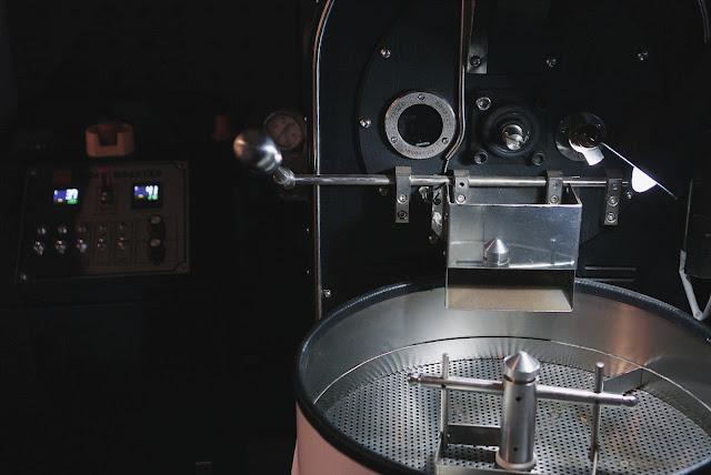 simetri coffee roasters puri indah