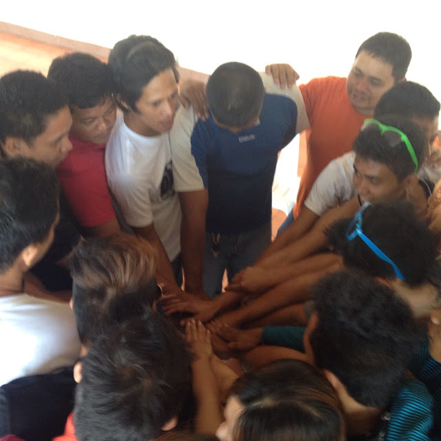Air Doctor Cebu team huddle
