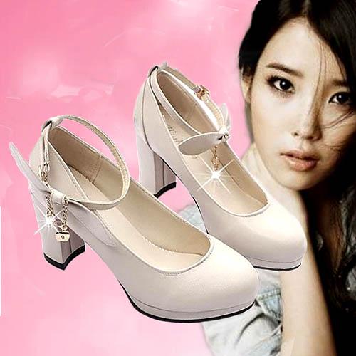 sepatu-hak-tinggi-round-toe-cantik
