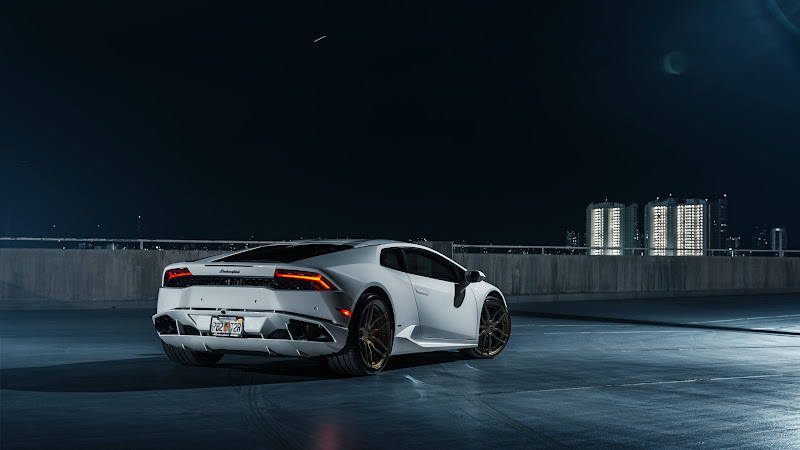 ADV.1 Lamborghini Huracan 2 HD