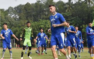 Persib Bandung Bawa 19 Pemain ke Malang untuk Melawan Arema FC