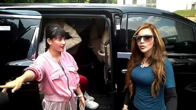 Penyanyi Wulan Yee Tak Takut Dipolisikan Barbie Kumalasari