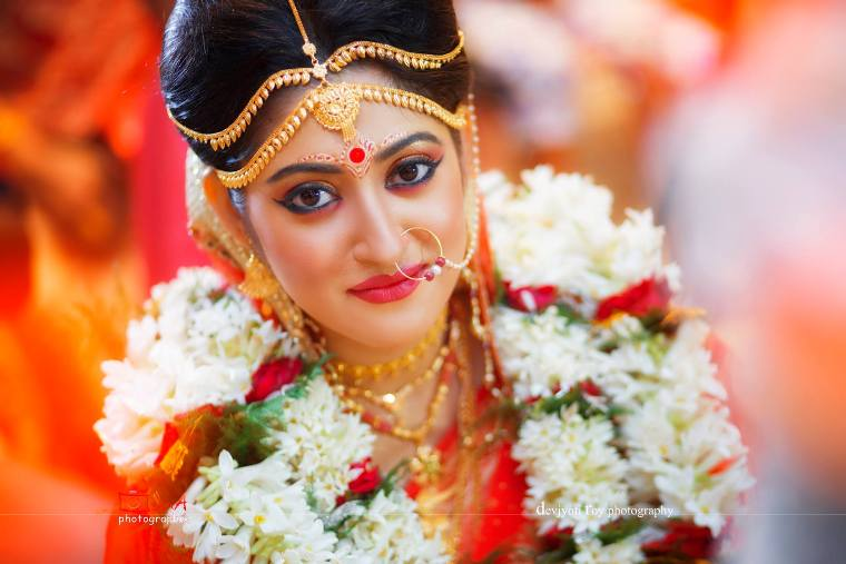 home tips for dark circles with Bengali Bridal Makeup Looks For Round Face on Bengali Bridal Makeup Looks For Round Face furthermore 53433409 as well Tony Moly Pandas Dream So Cool Eye Stick as well Easy Kitchen Makeover Refinished Countertops also Weight Loss Ke Gharelu Nuskha.