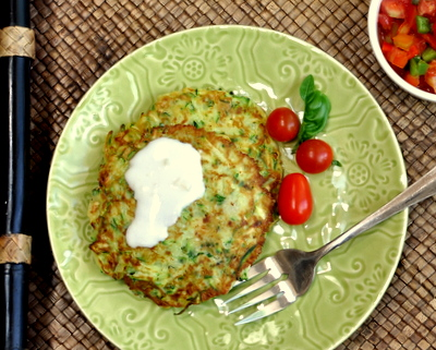 Zucchini Fritters ♥ AVeggieVenture.com, crisp and lemony with just a touch of heat. Low Carb. WW3.