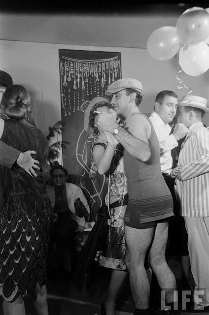 A Peek Into A 1920s Party Of The 1950s Vintage Everyday
