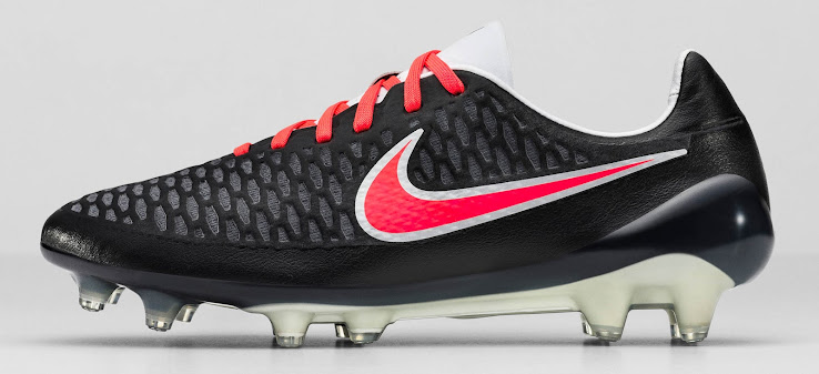 Black   Red Nike Magista Opus 2016 Women s Boots Released - Footy ... e20761c8d