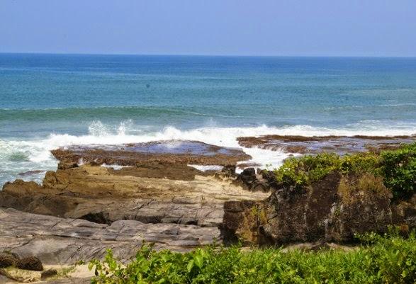 paket wisata pantai di banten