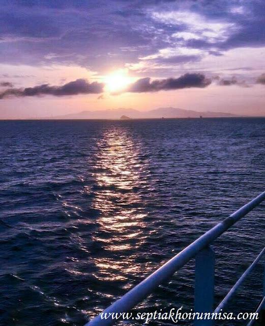 Sunset di Selat Sunda