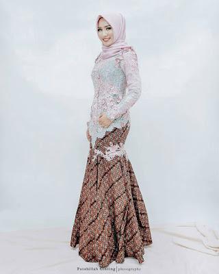 Kebaya Batik Muslimah