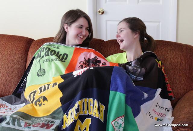 T Shirt Blanket with 25 Blocks – the Girlfriend Blanket