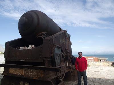 Cañones y artilleria portuguesa en Tanger