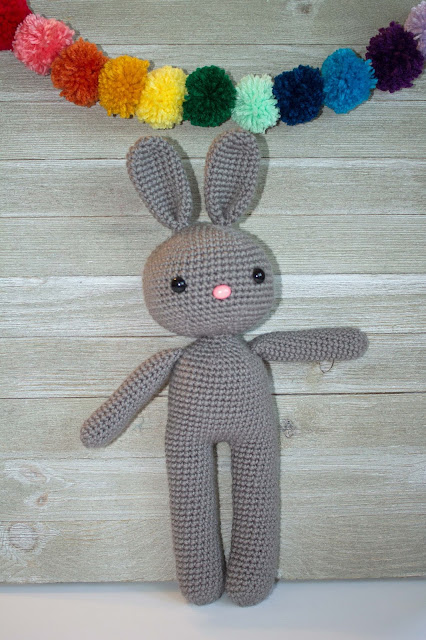 Pinky The Rabbit Amigurumi Crochet Pattern : Free Crochet Pattern Bunny Amigurumi - The Friendly Red Fox