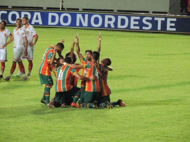 Ufa! Sampaio vira o jogo e vence a Juazeirense pela Copa do Nordeste