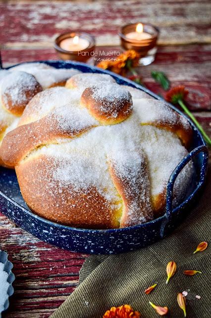 pan de muerto tradicional mexicano