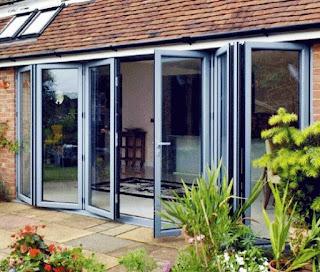 Kumpulan contoh gambar kusen kaca aluminium untuk rumah minimalis terbaru dan terbaik terbagus.