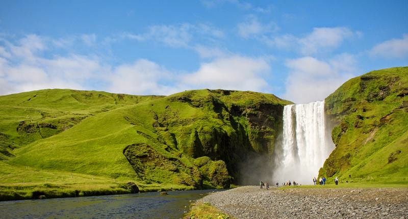 Skogafoss waterfall | The largest and most beautiful waterfall of Iceland