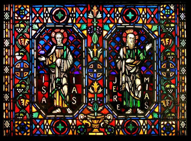 Tips on Choosing Stained GLASS WINDOWS