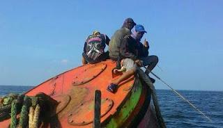 Cara mancing kuro di tong pelampung kapal Tambak Lorok