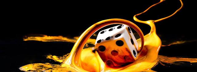 """Ποιός """"παίζει"""" ζάρια στο σύμπαν"""