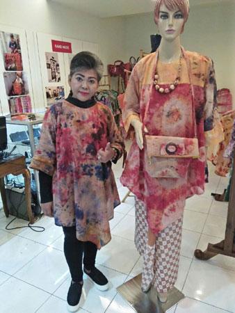 batik-abstrak-titi1