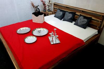 masivní nábytek Reaction, postelové rámy, dřevěné postele