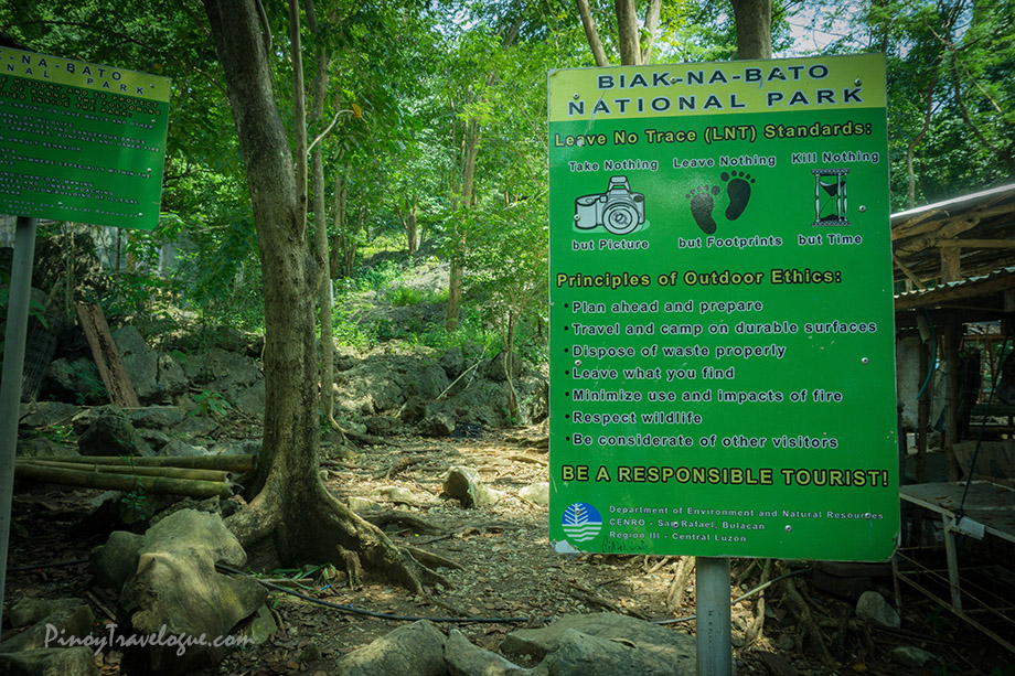 Leave No Trace signage at Manalmon's jump-off