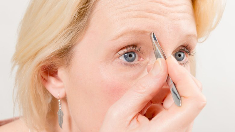 Eyebrow mistakes you don't know you're making
