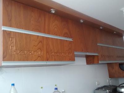 Repostero de madera tallado en San Isidro