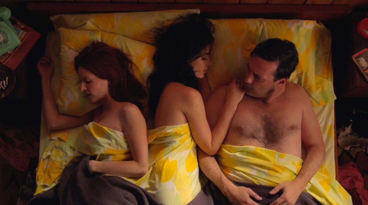 Любовь видео секс на троих, смотреть студенты трахаются групповуха