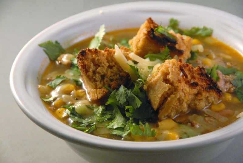 white bean turkey chili cornbread croutons