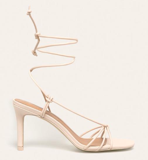 Sandale albe cu toc inalt elegante cu snur prind pe picior