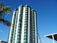 Image of a tall hotel on Lanzarote. Arrecife