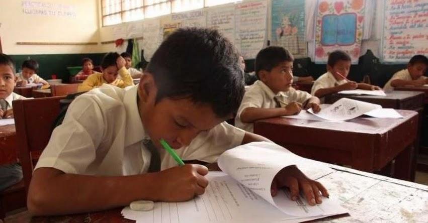 Más de 15 mil escolares mejoran comprensión lectora en el Perú