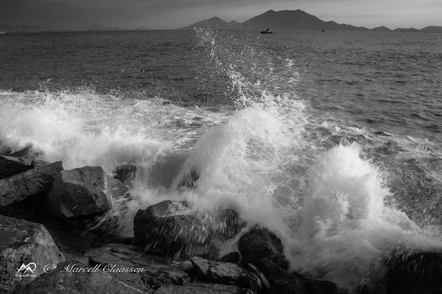 Breaking Force (Chimbote coast, Ancash - Peru)