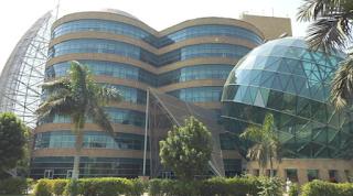"""معركة بين """" وحيد حامد """" و ادارة مستشفى 57357 بسبب اتهامهم بالفساد"""