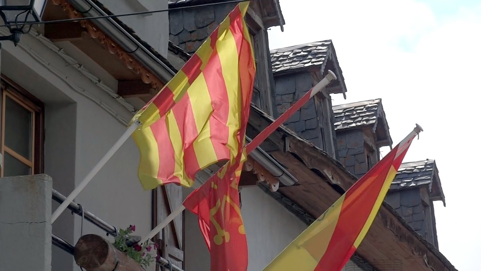 flagge halb kosovo halb deutsch