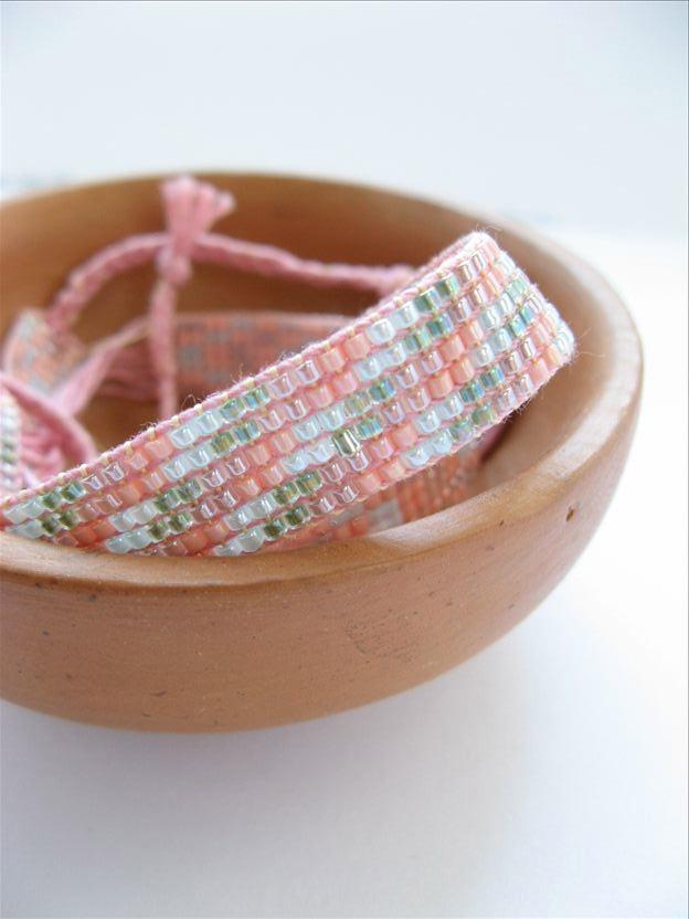sarita creative  diy beaded friendship bracelets