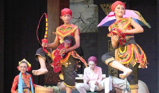 Walikota Mojokerto Kaget, Aksi Pelajar SMP Negeri 1 Mampu Pukau Pengunjung TMII Jakarta