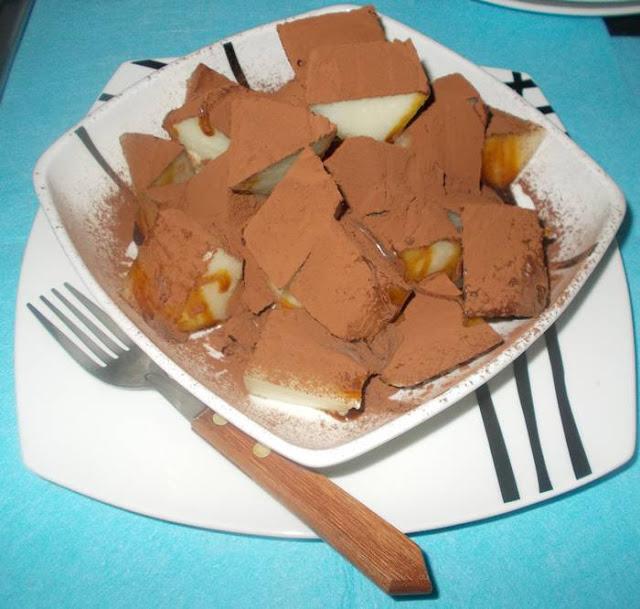 Ideia de lanche rápido e saudável com melão e chocolate