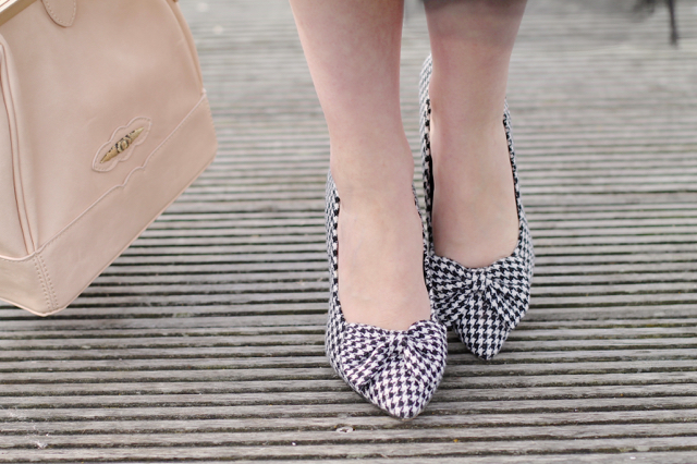 Lindy Bop dogtooth houndstooth bow heels