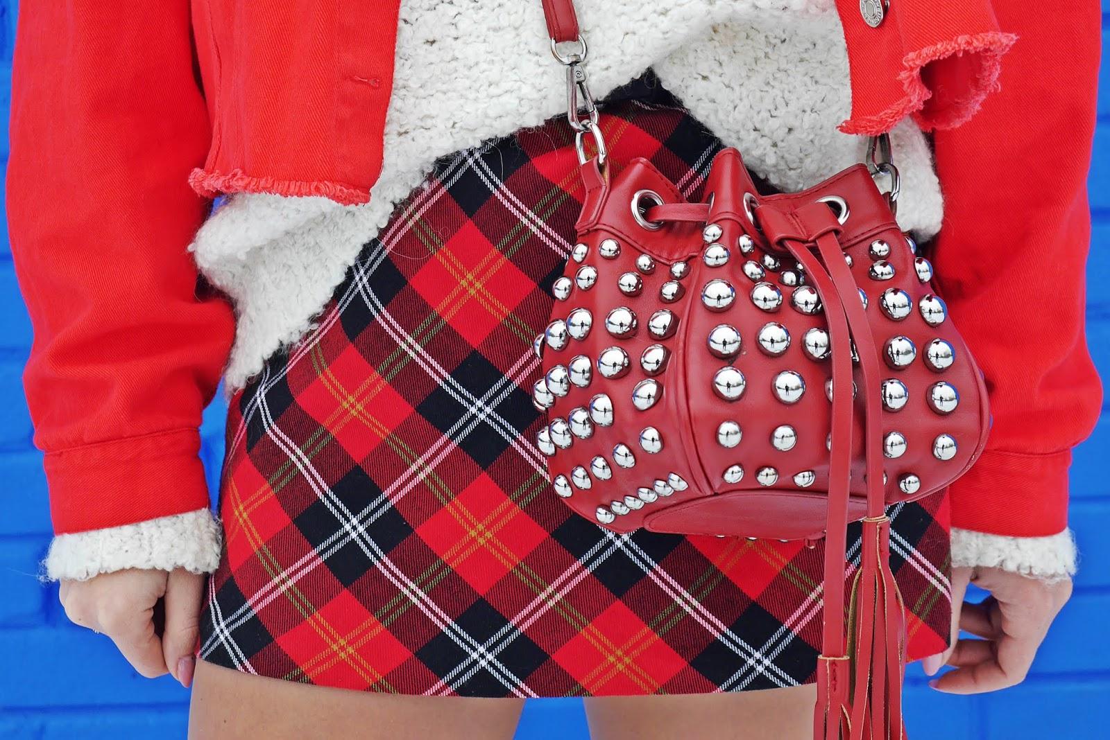 czerwona katana okulary biały golf kozaki za kolano renee karyn blog modowy blogerka modowa