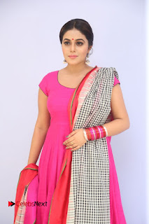 Poorna looks cute in Pink Salwar Kameez at Jayammu Nischayammu Raa Teaser Launch