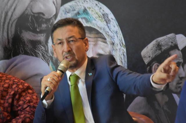 Muslim Uighur Dicap Teroris Hanya karena Sholat dan Puasa