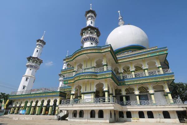 Tips Membiasakan Anak ke Masjid