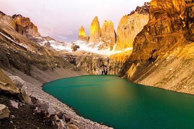 Amanecer Torres del Paine Dawn