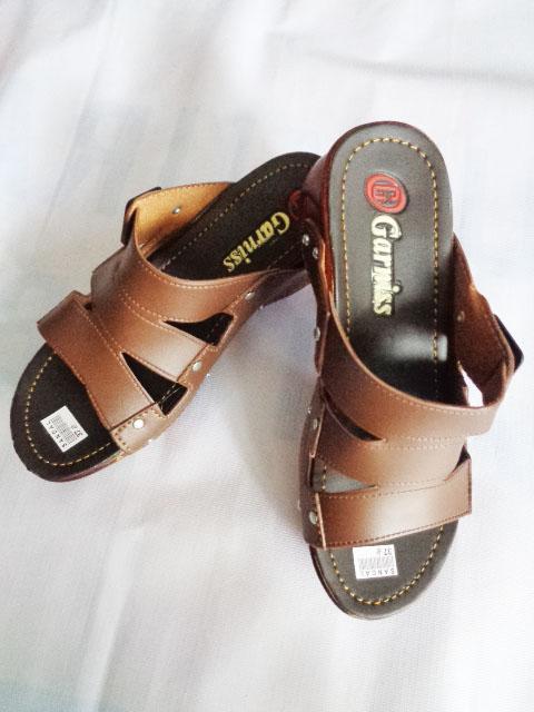 Sandal Wedges Garniss Baud SLOP WANITA coklat