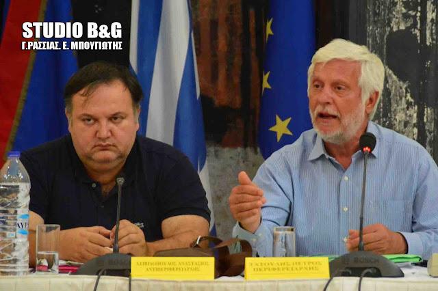 Τη σύμβαση υλοποίησης αντιπλημμυρικών έργων στην Επίδαυρο υπέγραψε ο Τατούλης